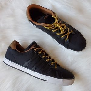 """Stylish Men's """"Adidas"""" Black/Brown Casual Shoes"""